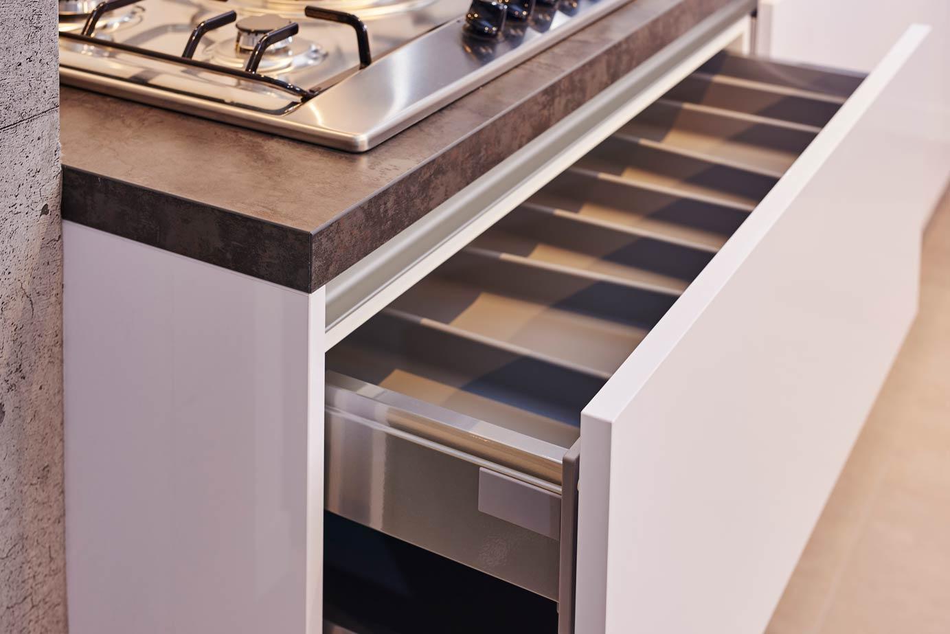 U Keuken Kopen : Goedkope keuken kopen véél keus elke stijl keur