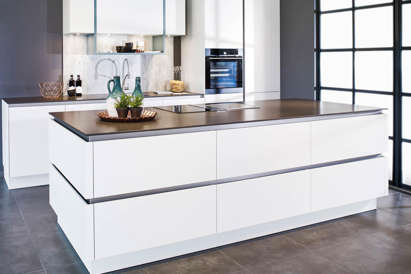 Witte Minimalistische Woonkeuken : Witte keukens meer informatie voorbeelden keur