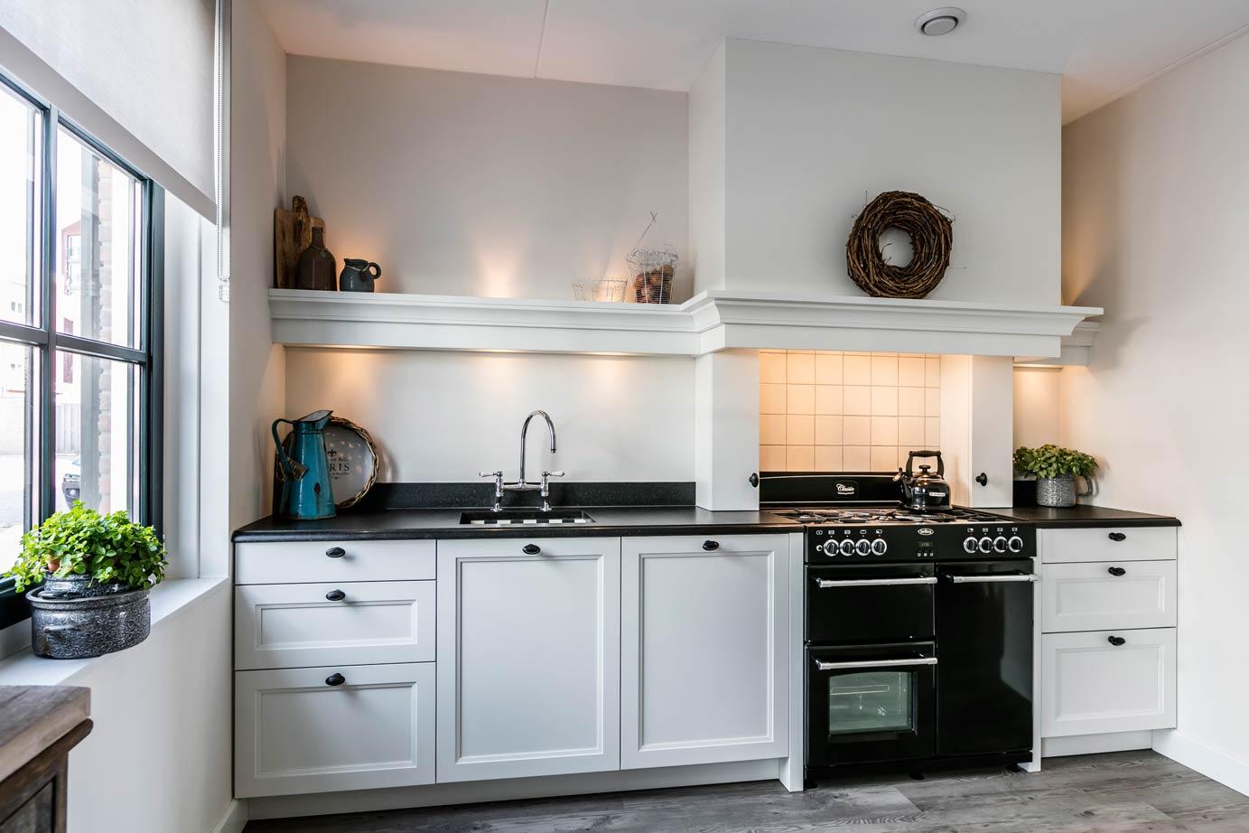 Landelijke Keukens Dampkap : Een prachtige landelijke keuken in Oegstgeest Lees deze