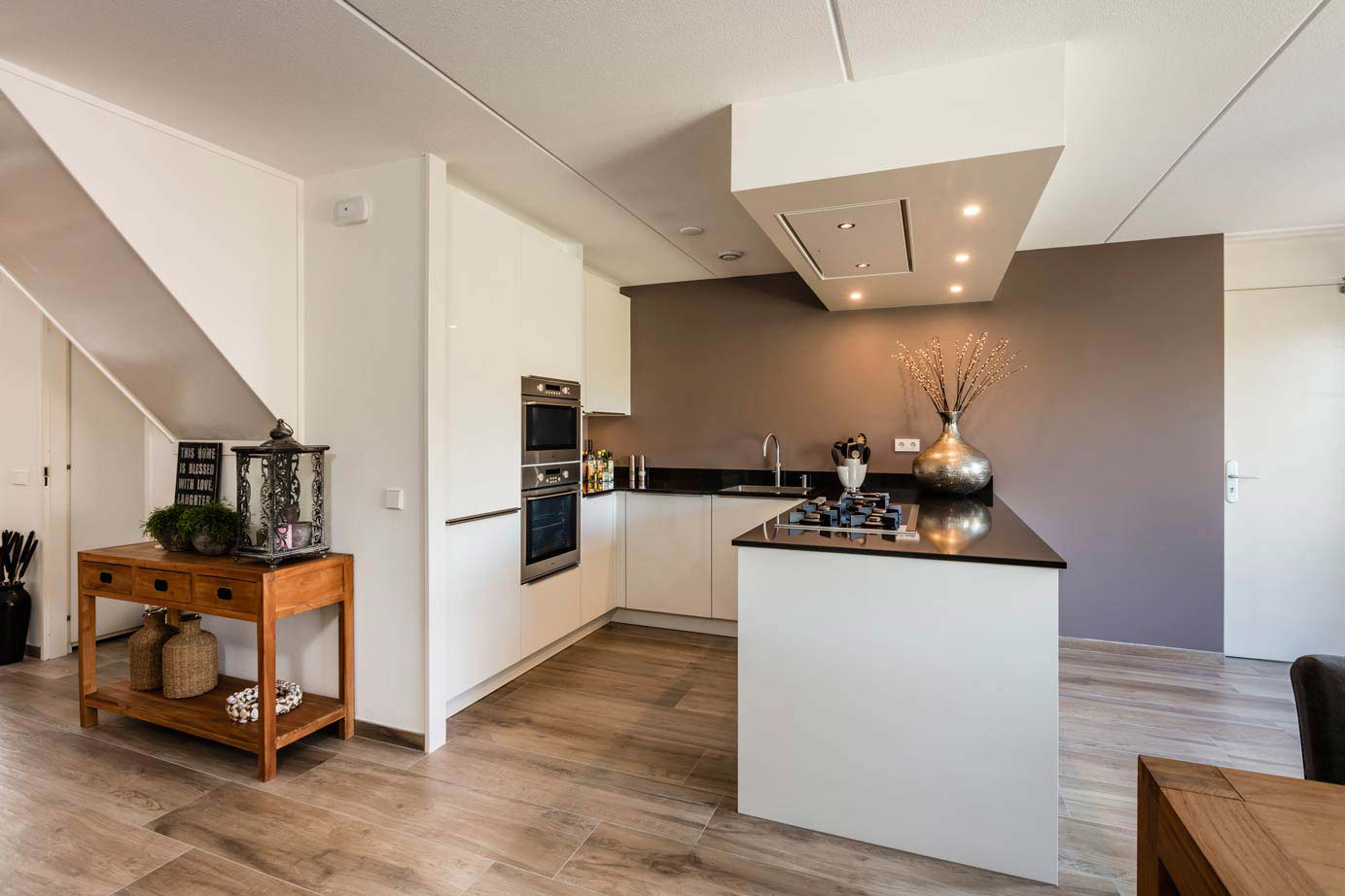 Keuken Schiereiland Met : Modern keuken schiereiland eenvoudig verkochte keukens archieven
